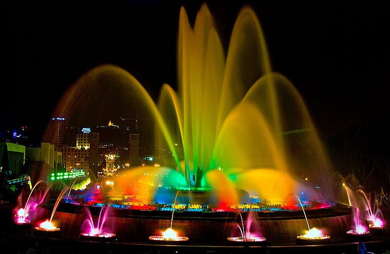 Montjuic-Fountains-Barcelona1