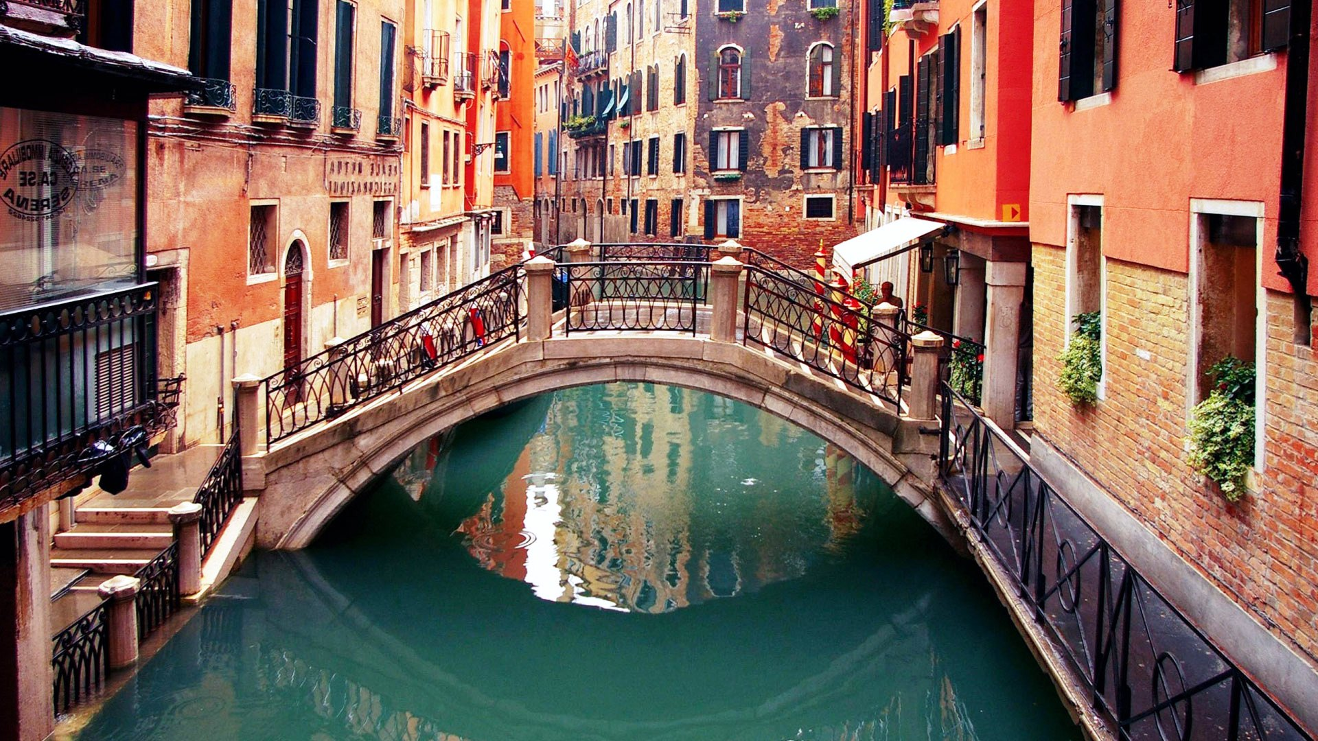all-you-need-to-know-about-venice-search4ahotel2.jpg