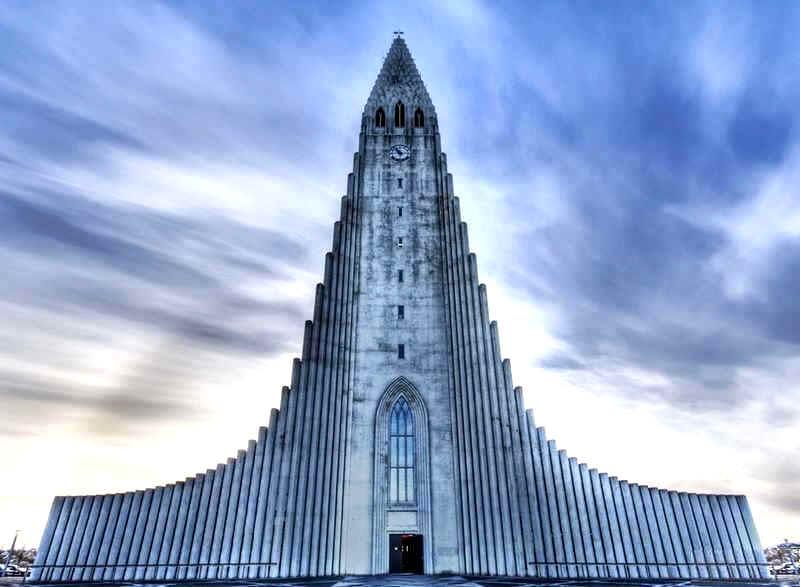 AmazingBuildings-ChurchOfHallgrimurReykjavikIceland.jpg
